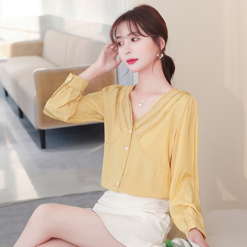 Spring and autumn 2020 new Korean V-neck single breasted slim solid color long sleeve temperament Chiffon Shirt Top Women