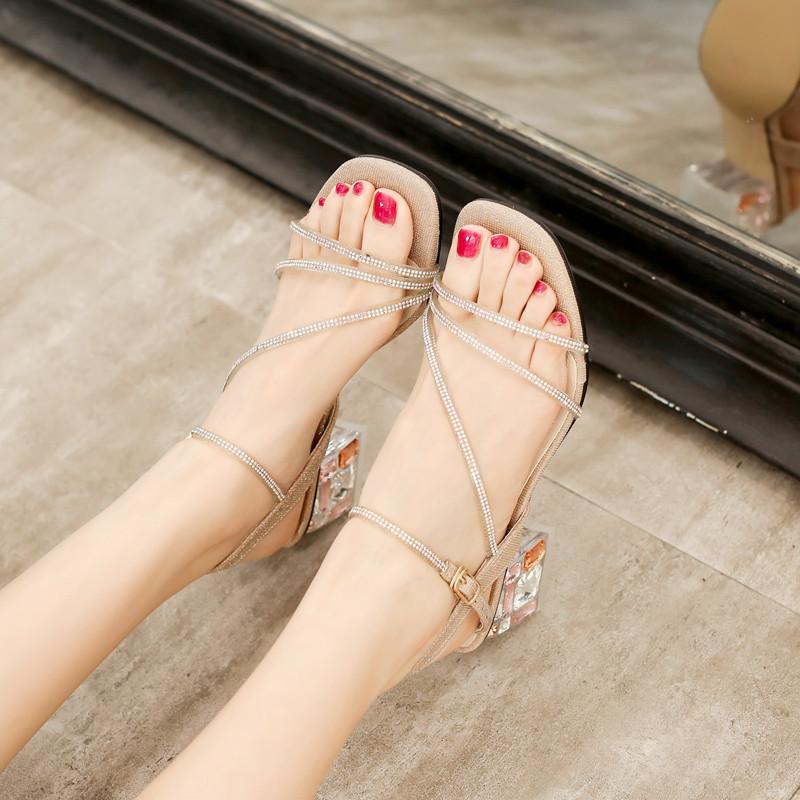 百翎2020夏季凉鞋新款女仙女风粗跟中跟水钻网红水晶时装小码鞋子
