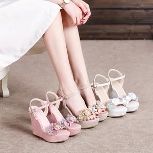 百翎2019夏季新款坡跟凉鞋女仙女风高跟一字带花朵粉色小码女鞋子