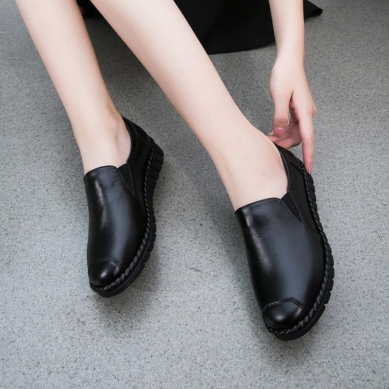 妈妈鞋真皮软底舒适平底单鞋