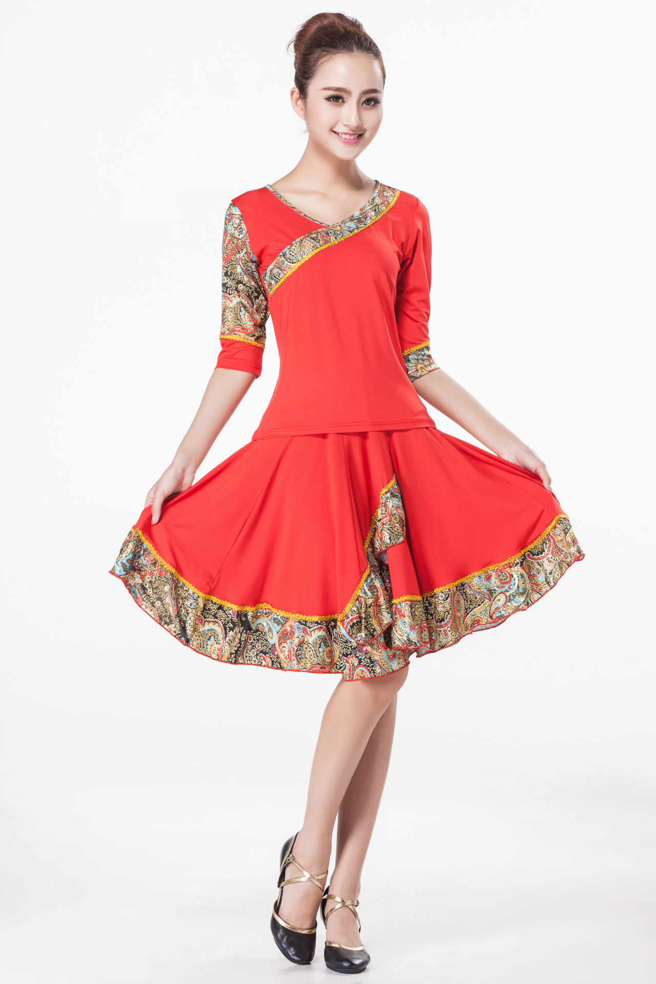 中老年春夏季广场舞套裙 新款民族舞蹈表演服装套装广场跳舞裙子