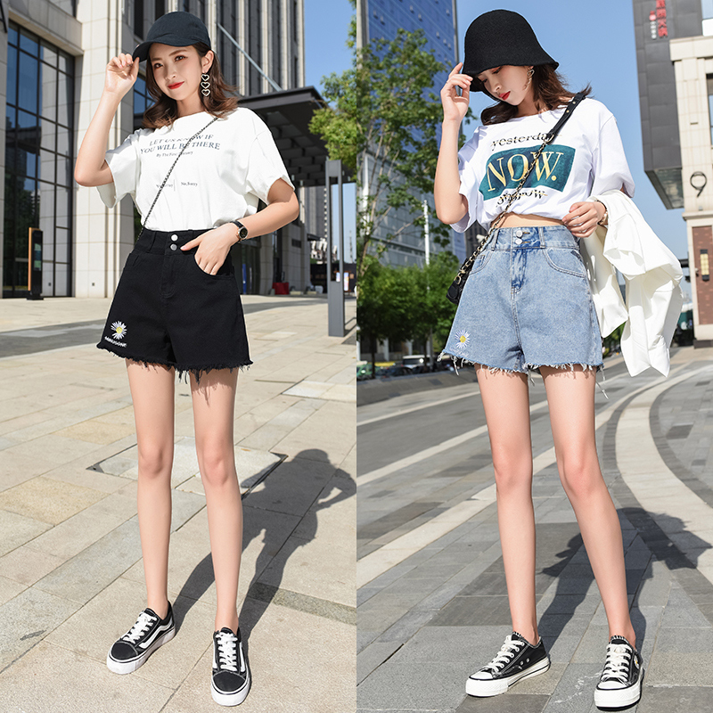 Denim shorts womens A-line wide leg loose straight tube high waist summer 2020 embroidery Daisy net red hot pants trend