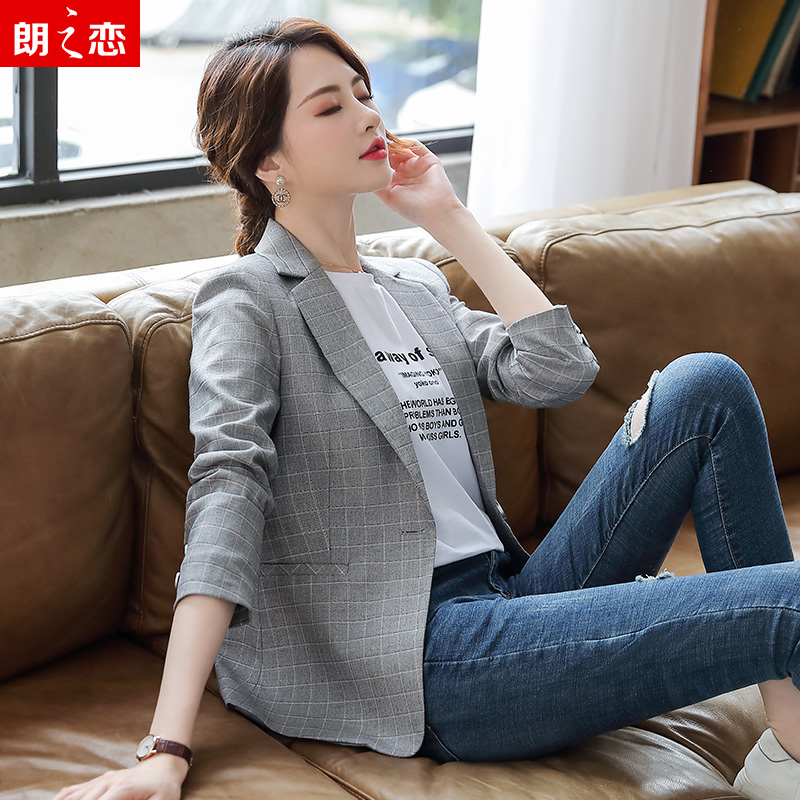 Blazer womens short 2019 new spring and autumn slim Korean Plaid small suit casual coat
