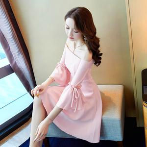 粉色仙女裙一字肩连衣裙女夏2020新款气质小个子短款露肩礼服裙子