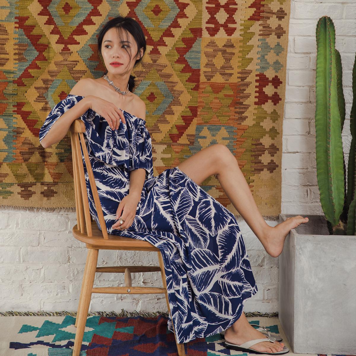度假女王名媛波西米亚民族风印花沙滩裙一字肩连衣裙开叉性感长裙