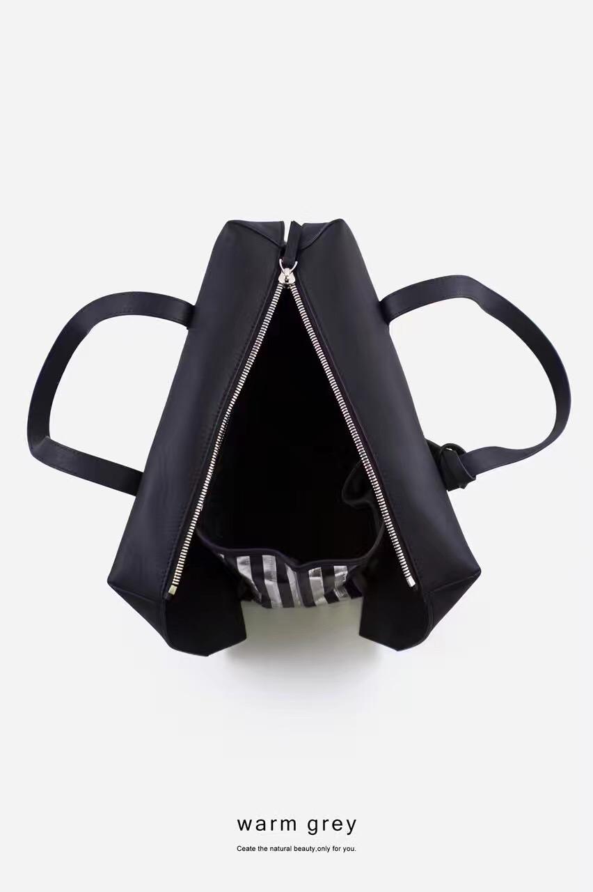 新款韩国warm grey设计独特全手工牛皮 包可全部打开单肩手提包