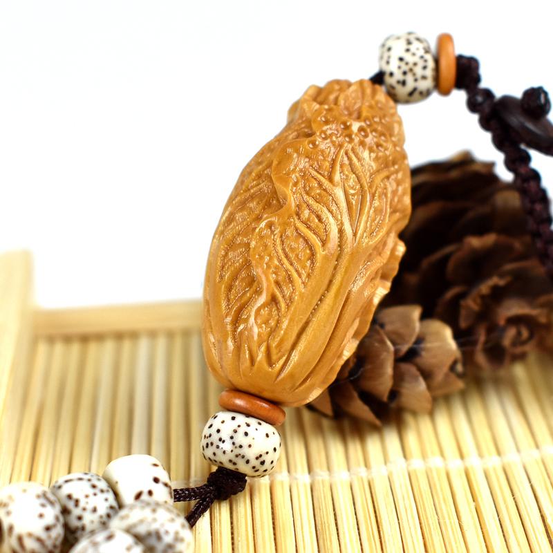 Разные сувениры из косточек фруктов Артикул 570796369567