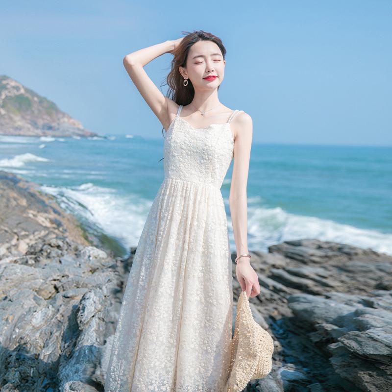 2020夏季新款女装裙子egg裙法式初恋收腰显瘦气质吊带蕾丝连衣裙图片