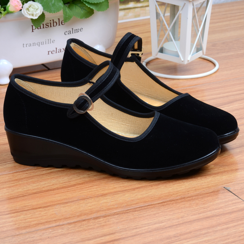 Old Beijing cloth shoes womens work shoes black spring and autumn mothers single shoes anti slip soft sole fashion work size