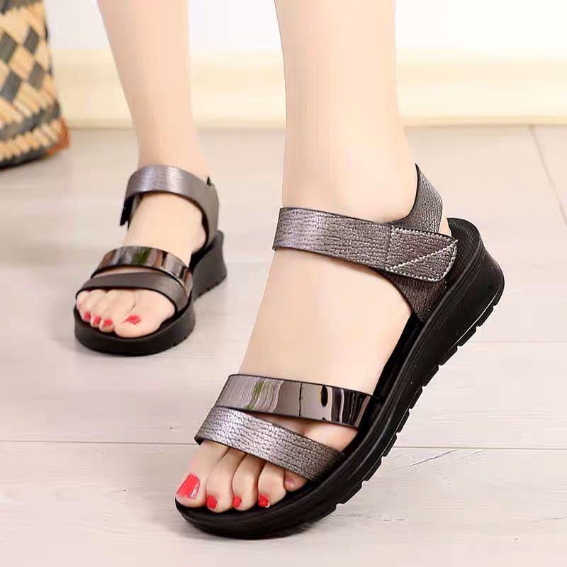 夏季女士凉鞋软底平跟女鞋中老年妈妈女鞋魔术贴凉鞋防滑孕妇凉鞋