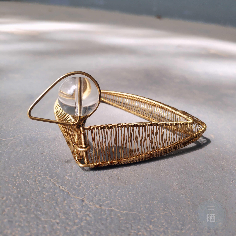 Three sun custom female fashion original design individuality winding pure brass solid geometry duck closed Bracelet armband ?