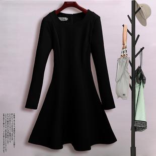 打底加厚加绒赫本小黑裙 黑色裙子2021新款 修身 显瘦连衣裙女秋冬季
