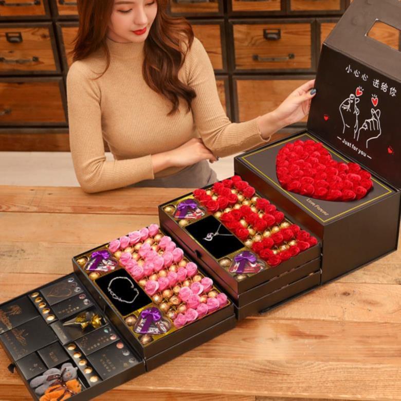 女朋友小姑娘七夕节礼物送女友手表送给姐姐的包装盒送媳妇夫妻浪有赠品
