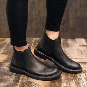 2020冬季新款马丁靴男英伦短靴真皮复古切尔西靴中帮皮鞋靴子男潮