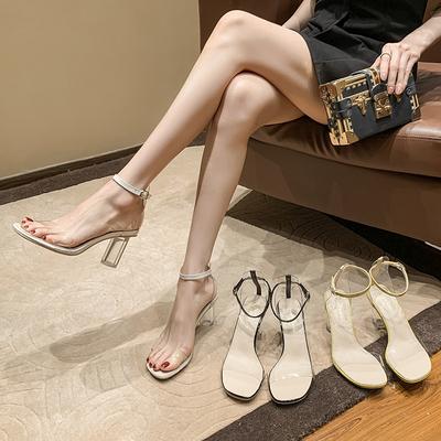 2021夏季新款透明一字扣带粗跟露趾凉鞋女水晶跟圆跟气质高跟鞋34