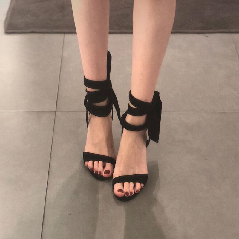 2019夏季新款蝴蝶结绑带高跟鞋细跟黑色露趾网红仙女风系带凉鞋潮