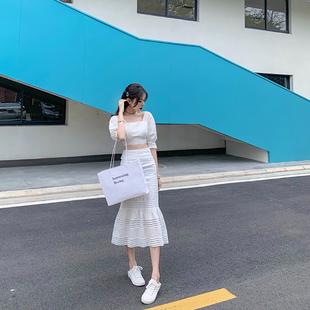 法式少女復古優雅氣質魚尾裙套裝露臍白色連衣裙洋氣兩件套度假裙