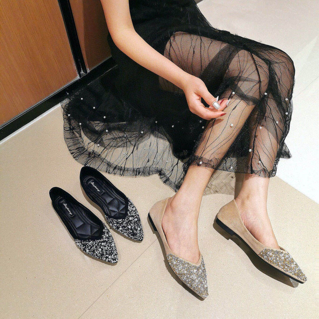 Photo 49 Baotou sandals fairy style 20 summer pointed Rhinestone ins tide suede thick heel invisible inner single shoes