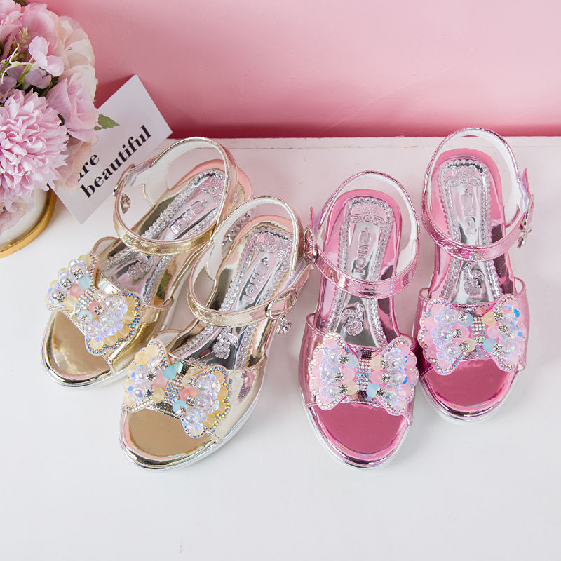 Looks like new sandals for children flat bottoms 2020 middle and large childrens diamond girls open toe Little Girls Summer princess shoes