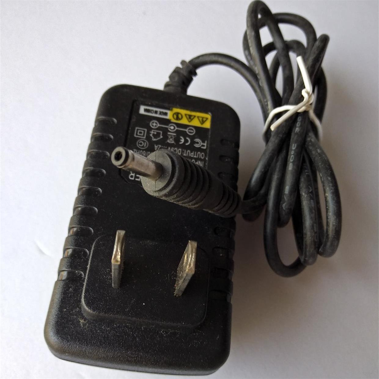 电源适配器充电器,9V2A小圆口3.5*1.5适用EVD等
