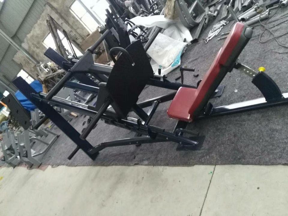 Commercial reverse pedal training machine reverse pedal machine kicking machine 45 degree squatting machine hack squatting machine leg fitness equipment