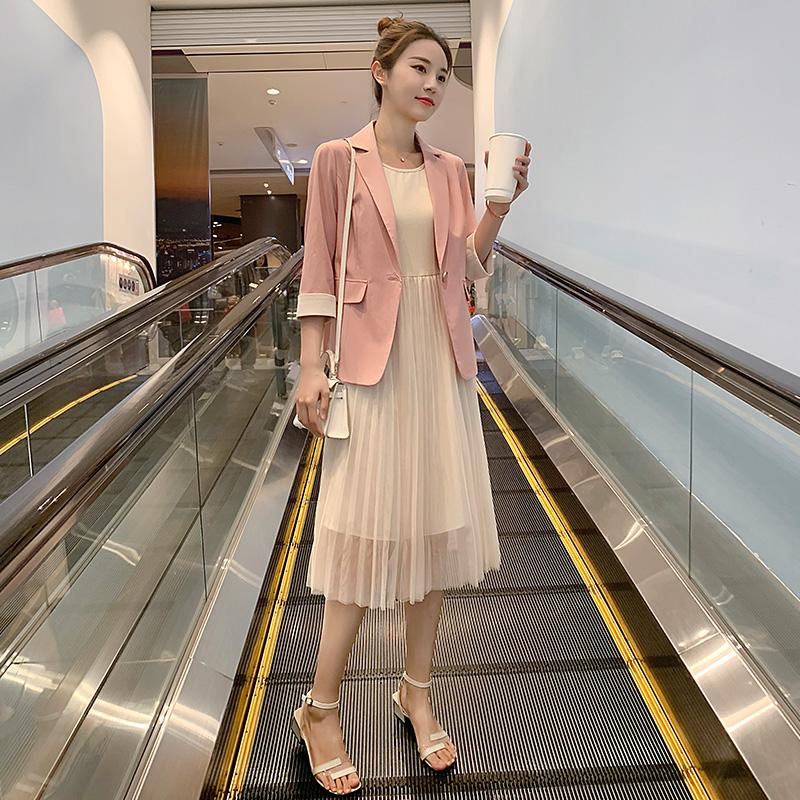 券后188.00元很仙的两件套裙子2019新款夏装韩版洋气时尚显瘦小西装网红套装女