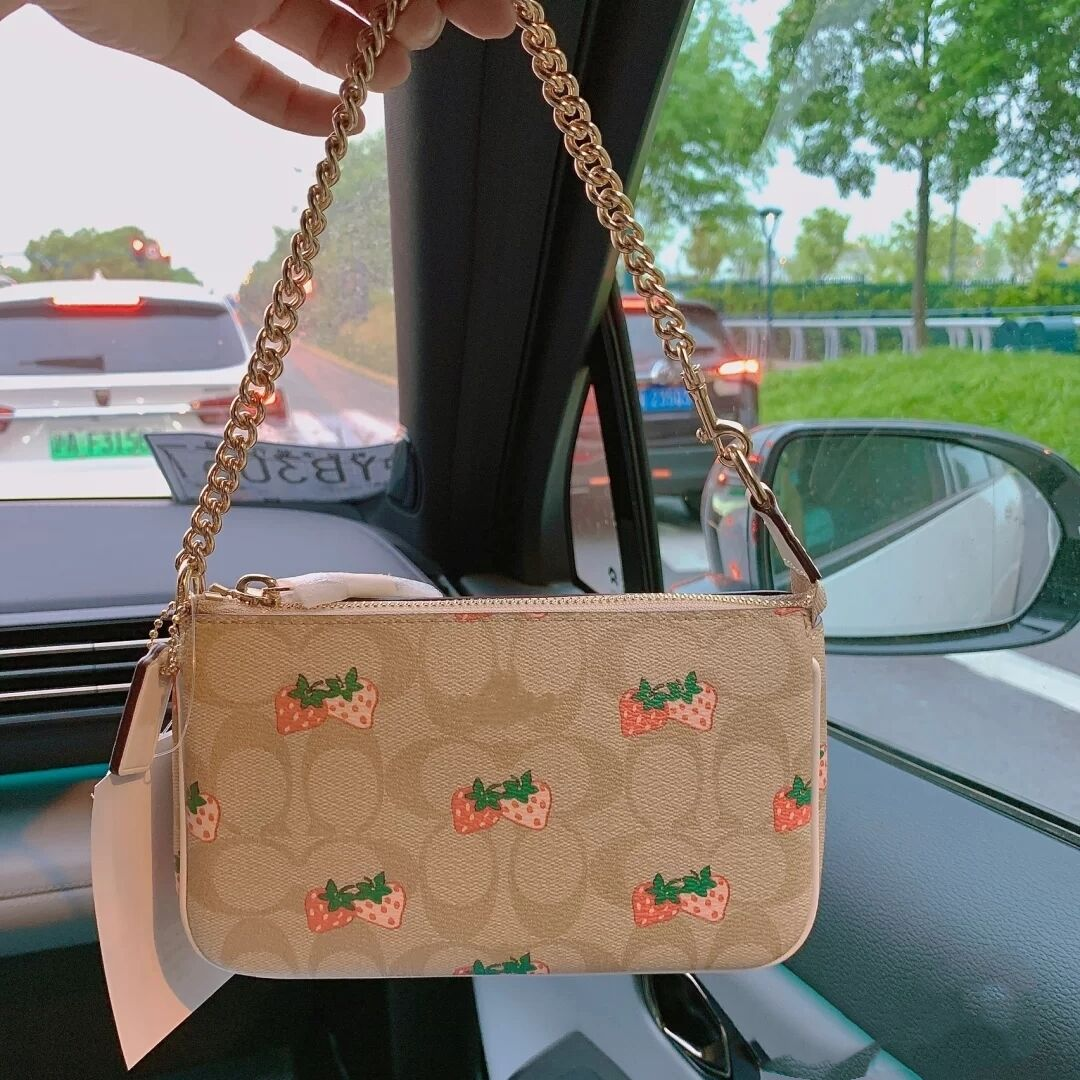 包包女2020夏季新款百搭腋下包mini老花包迷你小包草莓包麻將包