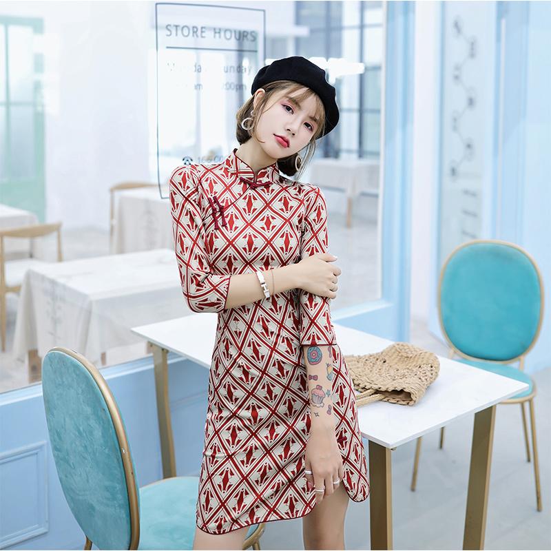旗袍改良版少女年轻款秋装中连衣裙限50000张券