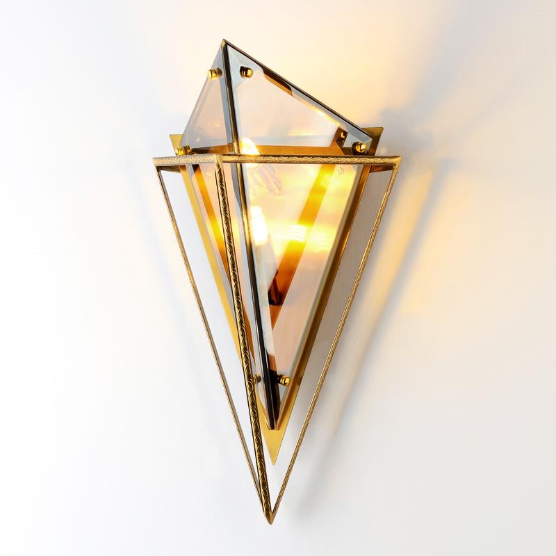 贅沢をした後に近代的な客間の廊下はアイデアのデザイナーの寝室の枕元の別荘の北欧のダイヤモンドの壁の明かりを通ります