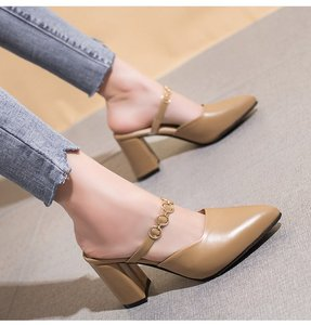 拖鞋女夏2019韩版新款包头半拖鞋粗跟凉拖鞋高跟试衣间尖头女鞋子