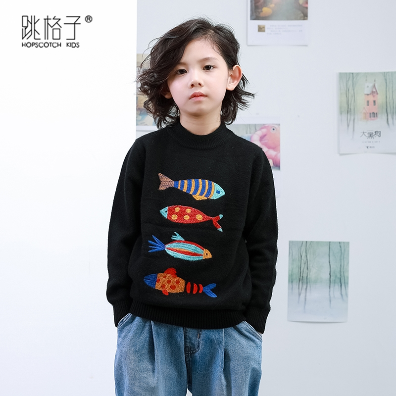 2020 new childrens sweater girls Pullover cashmere sweater solid color round neck Korean autumn winter boys T-shirt thickened