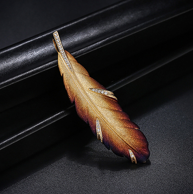 Mr. Zuans 18K Gold roasted feather Pendant Brooch for two lovers