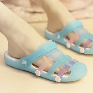 新款防滑平底凉鞋女夏季玛丽珍韩版可爱洞洞鞋外穿时尚沙滩拖鞋潮