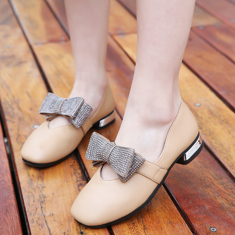 女童鞋子2020新款春秋百搭皮鞋豆豆小公主女孩软底单鞋儿童奶奶鞋