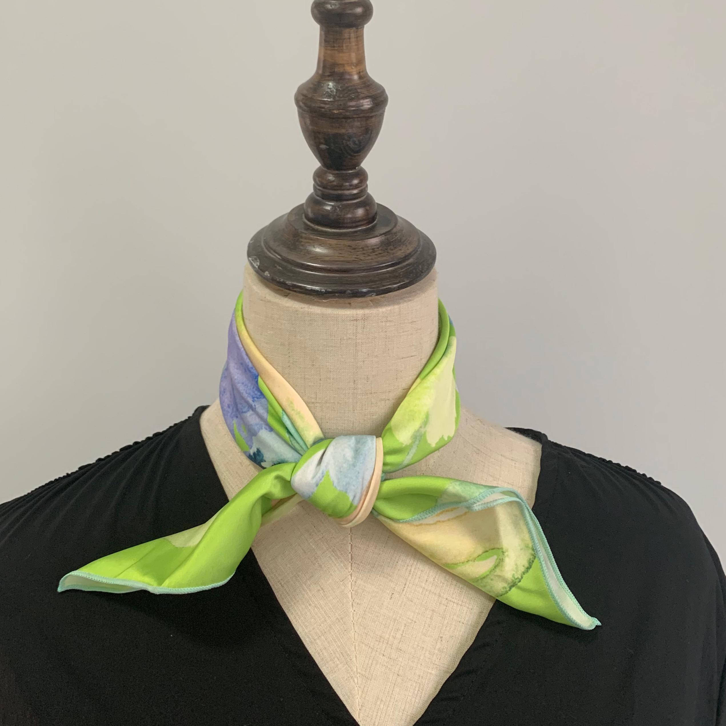 这个嫩绿我爱了~Flora法式画风少女小清新花朵绿色韩版方巾丝巾
