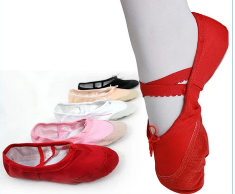 Childrens soft soled dance shoes girls ballet shoes childrens spring and autumn pantyhose girls dancing one-piece socks