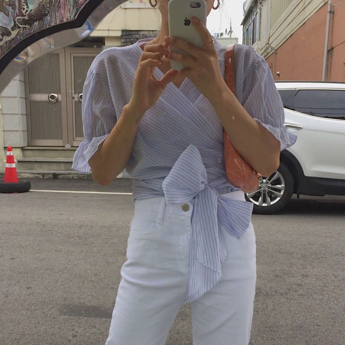 实价 条纹蝴蝶结绑带衬衫