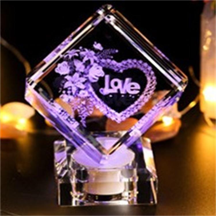 爱心花环魔方水晶内雕带灯座送老婆女朋友礼物向心仪女生表白甜蜜