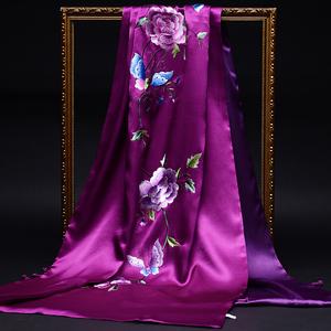苏绣喜婆婆配旗袍的婚礼妈妈端丝巾