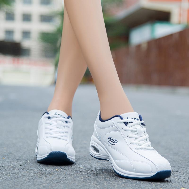 新款冬季运动女鞋跑步鞋女波鞋休闲鞋女软底防滑旅游鞋气垫增高鞋