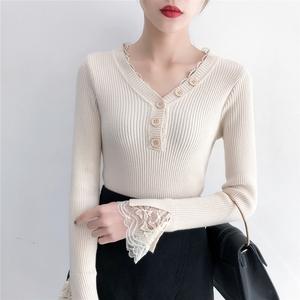 实拍秋冬蕾丝拼接V领毛衣女韩版修身显瘦气质针织衫打底
