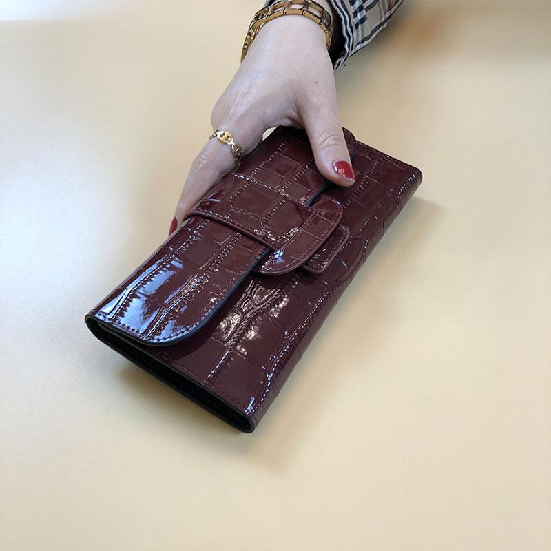 钱包女长款真皮2020新款时尚鳄鱼纹大容量折叠式多功能卡包手拿包