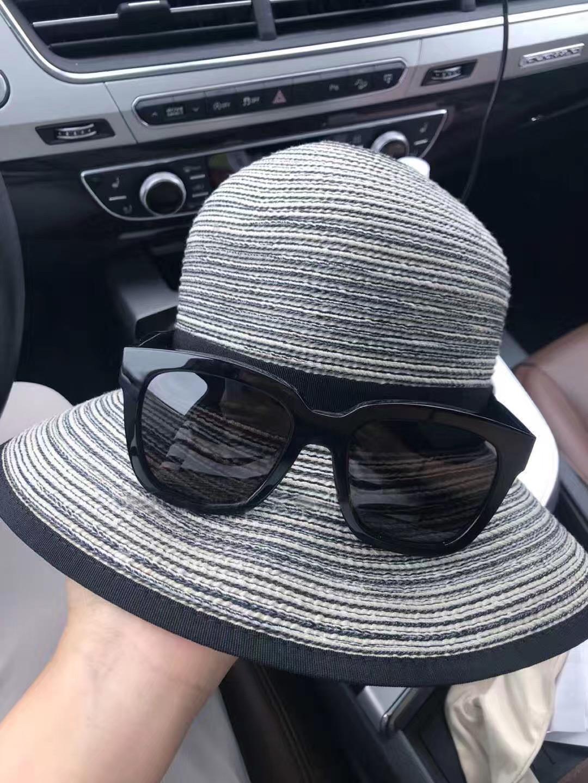 カナダの規格品Solar Escape SPF 50日よけ指数の帽子のひさしの日よけの帽子の現物