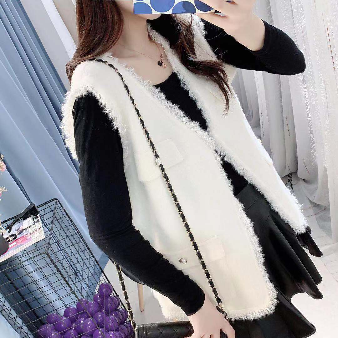 Knitted vest cardigan in early autumn of 2020 new style coat Korean loose outer wear sweater shoulder sleeveless Korean vest