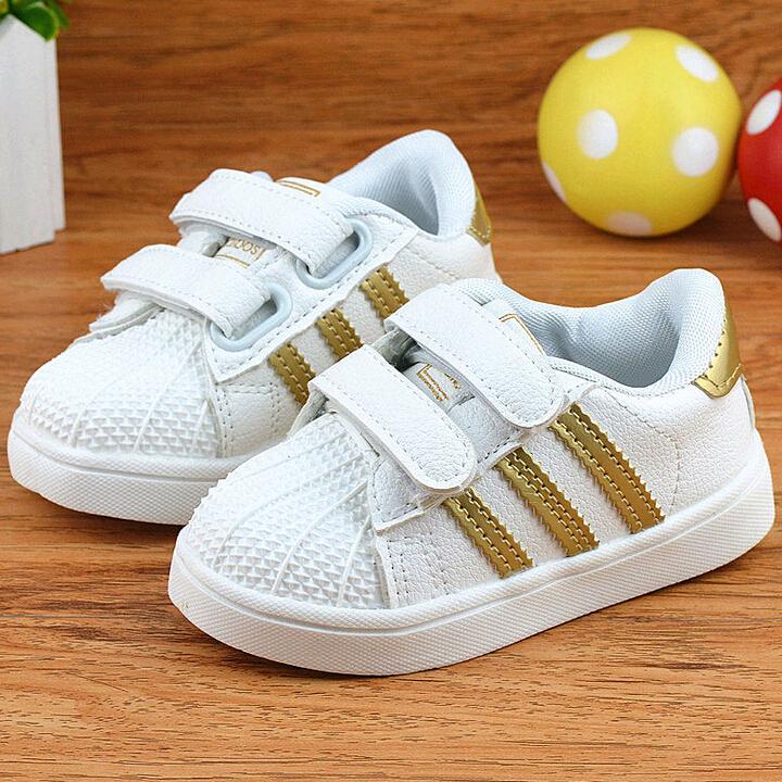 Небольшая детская обувь кроссовки для мальчиков и девочек с взрывоопасных снарядов классический ретро три полосой тапки Повседневная обувь