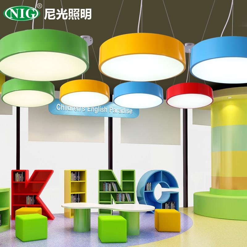 子供の部屋の円形のつり下げ灯の漫画led寝室の明かりのアイデアの幼稚園の教室のロビーの事務室の展示室の照明器具