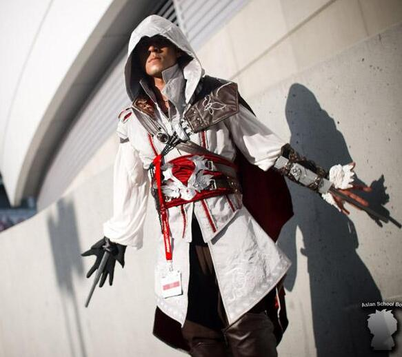 Cash Cosplay clothing cos mens assassin creed 2 white mens suit
