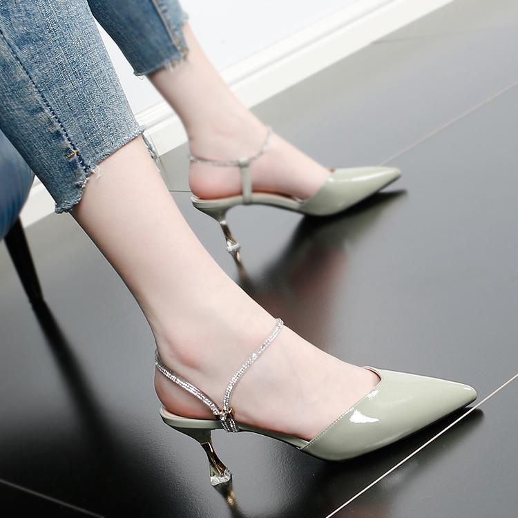 包头凉鞋女新款2020夏季时尚水钻尖头百搭仙女风夏天高跟鞋女细跟图片