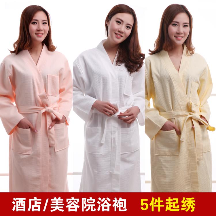 華夫格の純綿浴の長衣は薄い男女の夏の美容院の純綿の浴衣の刺繍の字は注文してLOGOホテルの専用の寝服を注文します。