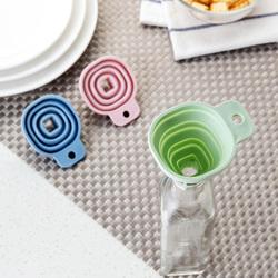 方形小号伸缩锥形漏斗厨房酒壶液体分装器折叠家用食品级烘焙工具